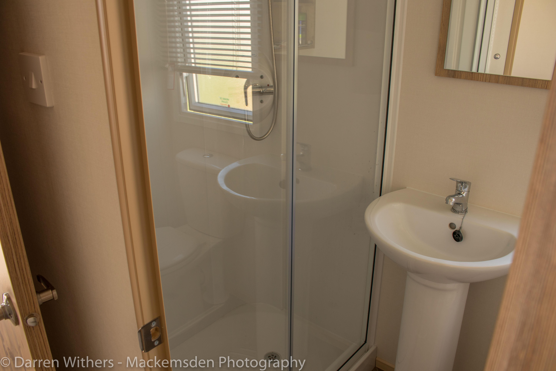 ShowerToilet-0120